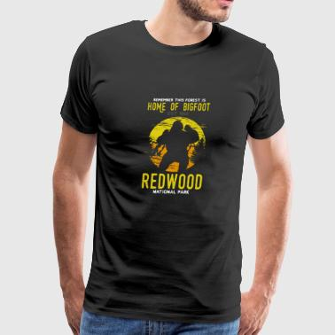 Estes Park Colorado Redwood National Park Home of Bigfoot Est. 1966 - Men's Premium T-Shirt