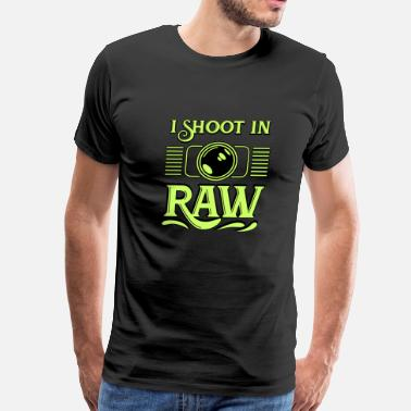 Photographer Raw Photographer - I shoot in Raw - Men's Premium T-Shirt