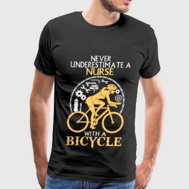 Nurse with a bicycle - Never underestimate - Men's Premium T-Shirt