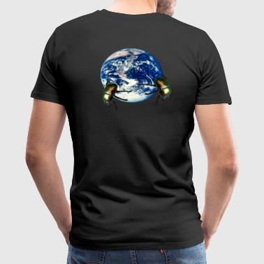 dung beetle earth - Men's Premium T-Shirt