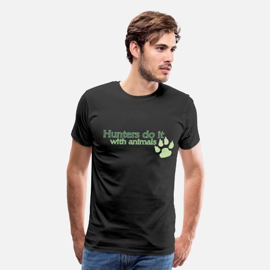 World T-Shirts - Hunters Do It World of Warcraft - Men's Premium T-Shirt black