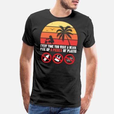 Plastic Beach CleanUp Shirt: Up 5 Pieces Of Plastic And Keep Our Beaches Clean - Men's Premium T-Shirt