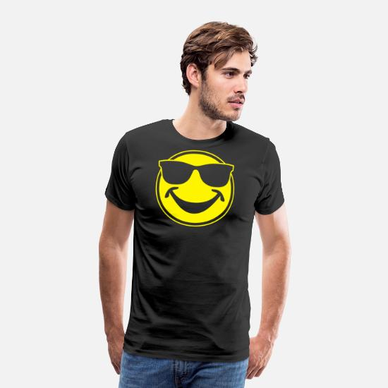 472e207b8b31 Sunglasses T-Shirts - COOL yellow SMILEY BRO with sunglasses - Men's  Premium T-