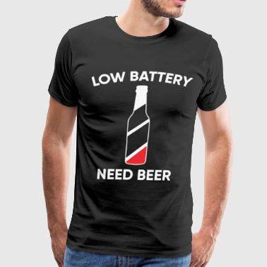 Low battery need beer shirt - Men's Premium T-Shirt