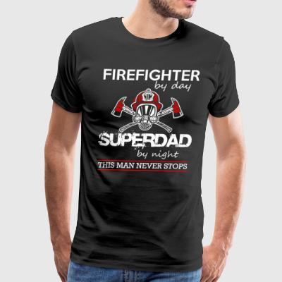 firefighter by day super dad - Men's Premium T-Shirt