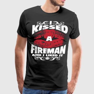 I kissed a fireman and i liked it - Men's Premium T-Shirt