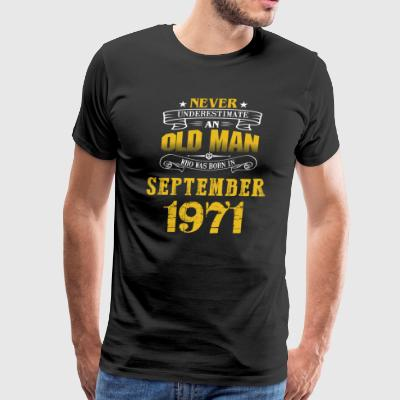 An Old Man Who Was Born In September 1971 - Men's Premium T-Shirt