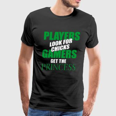 PLAYERS LOOK FOR CHICKS GAMERS - Men's Premium T-Shirt