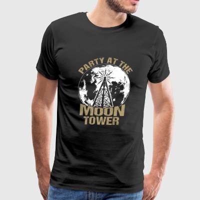 Dazed and Confused - Party at the moon tower - Men's Premium T-Shirt