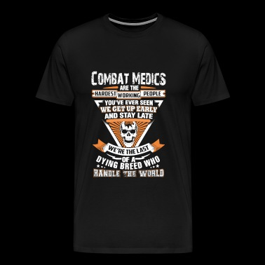 Combat medic - The last of a dying breed - Men's Premium T-Shirt