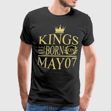 Kings are born on May 07 - Men's Premium T-Shirt