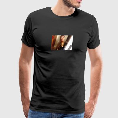 A picture of woody - Men's Premium T-Shirt