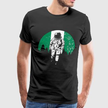 Astronaut moon Nigeria flag gift idea - Men's Premium T-Shirt