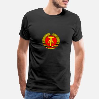 Gdr GDR coat of arms retro east germany wall soviet LO - Men's Premium T-Shirt