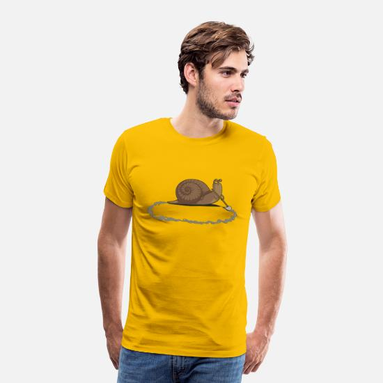 Funny T-Shirts - Clever Snail - Men's Premium T-Shirt sun yellow