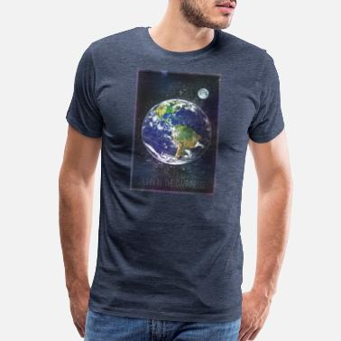 Darkness Born in the darkness earth moon - Men's Premium T-Shirt