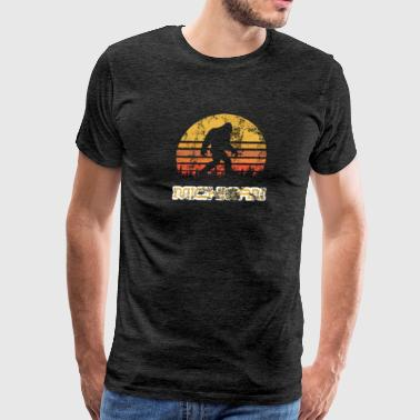 Bigfoot Michigan State Sasquatch Yeti Vintage - Men's Premium T-Shirt