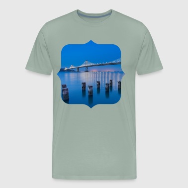 Bridge sea night - Men's Premium T-Shirt