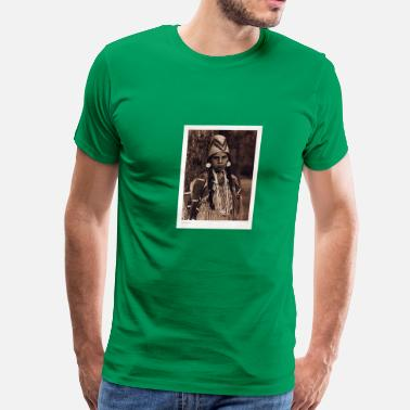 1905 Umatilla woman 1905 - Men's Premium T-Shirt