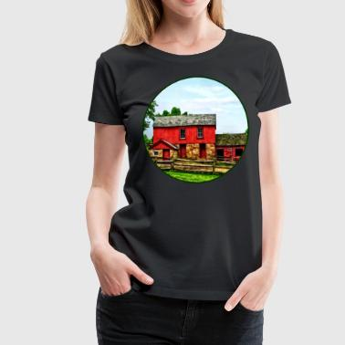 Red Barn with Fence - Women's Premium T-Shirt
