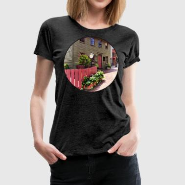 Annapolis MD - Clock by One State Circle - Women's Premium T-Shirt