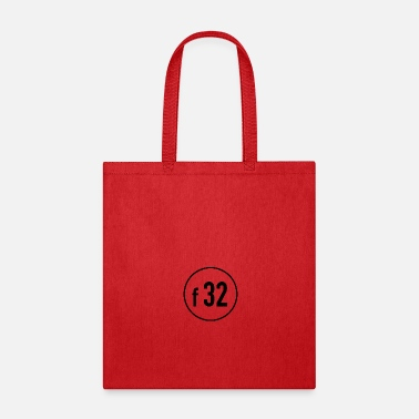 Diaphragm f 32 - Tote Bag