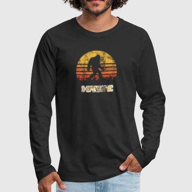 Bigfoot Hawaii State Sasquatch Yeti Vintage - Men's Premium Long Sleeve T-Shirt