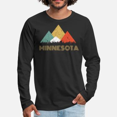 Sasquatch Secret Sasquatch Hidden Retro Minnesota Hiding Bigfoot - Men's Premium Longsleeve Shirt