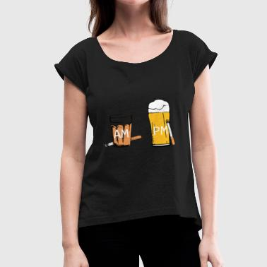 tea and beer - Women's Roll Cuff T-Shirt