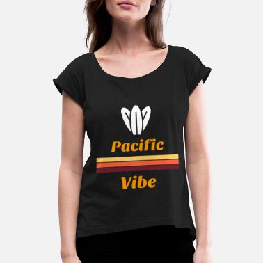 Pacific Beach Pacific Vibe - Women's Roll Cuff T-Shirt