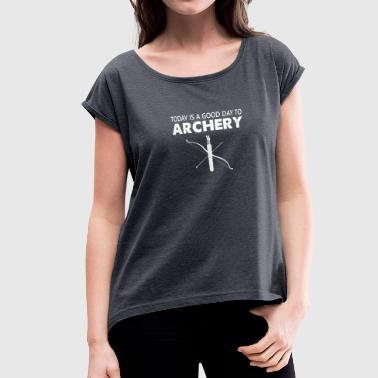 Archery bow and arrow - Women's Roll Cuff T-Shirt