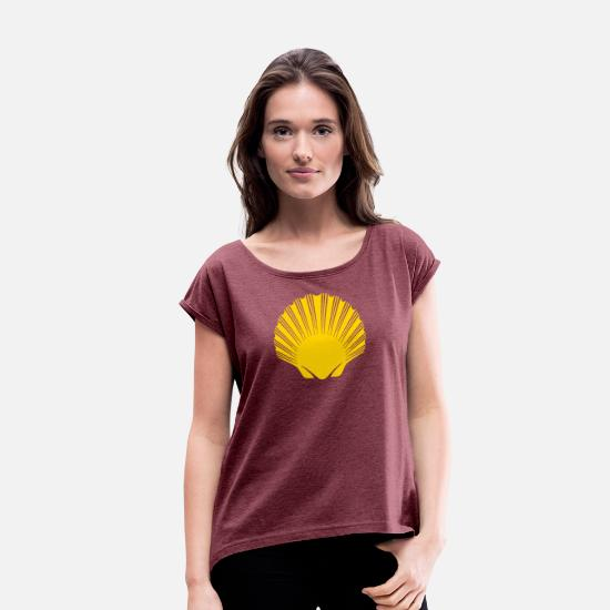 Santiago T-Shirts - Camino de Santiago | Way of St James | Scallop - Women's Rolled Sleeve T-Shirt heather burgundy
