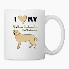 i heart my yellow labrador retriever Bottles & Mugs
