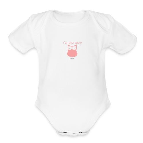 I'm New Here! - Pink - Organic Short Sleeve Baby Bodysuit