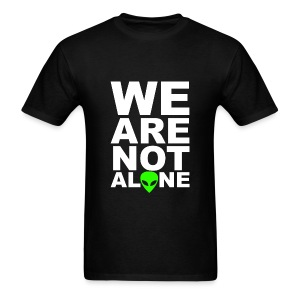 We are not alone - Men's T-Shirt