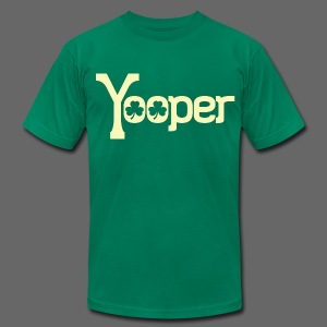 Yooper Irish Shamrocks - Men's T-Shirt by American Apparel