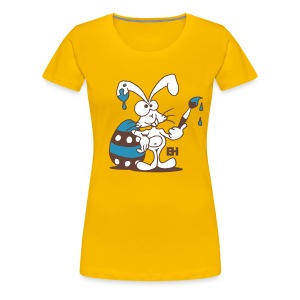The Easter Bunny is painting an Easter egg - Women's Premium T-Shirt