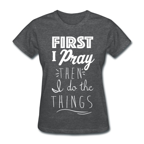 First Pray Kreative in Kinder MP - Women's T-Shirt