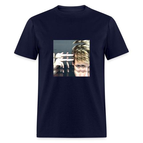 When the kush kicks in T-Shirt - Men's T-Shirt