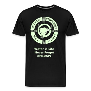 Water Protectors Mni Wiconi Never Forget - Men's Premium T-Shirt
