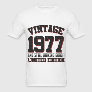 1977 22222.png T-Shirts - Men's T-Shirt