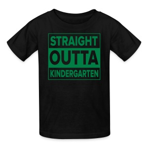 KIDS Straight Outta Kindergarten GREEN FLAT - Kids' T-Shirt