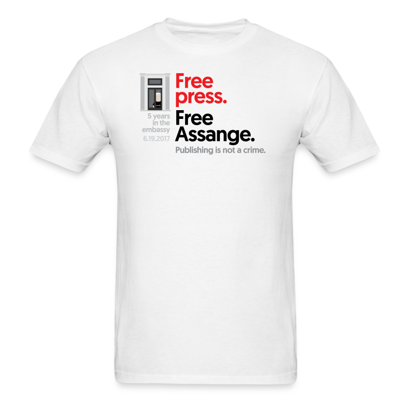 5 years in the embassy - Free press - Men's T-Shirt