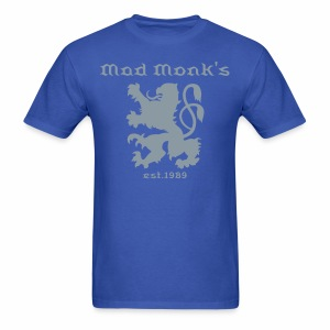 Mad Monk's lion crest blue - Men's T-Shirt