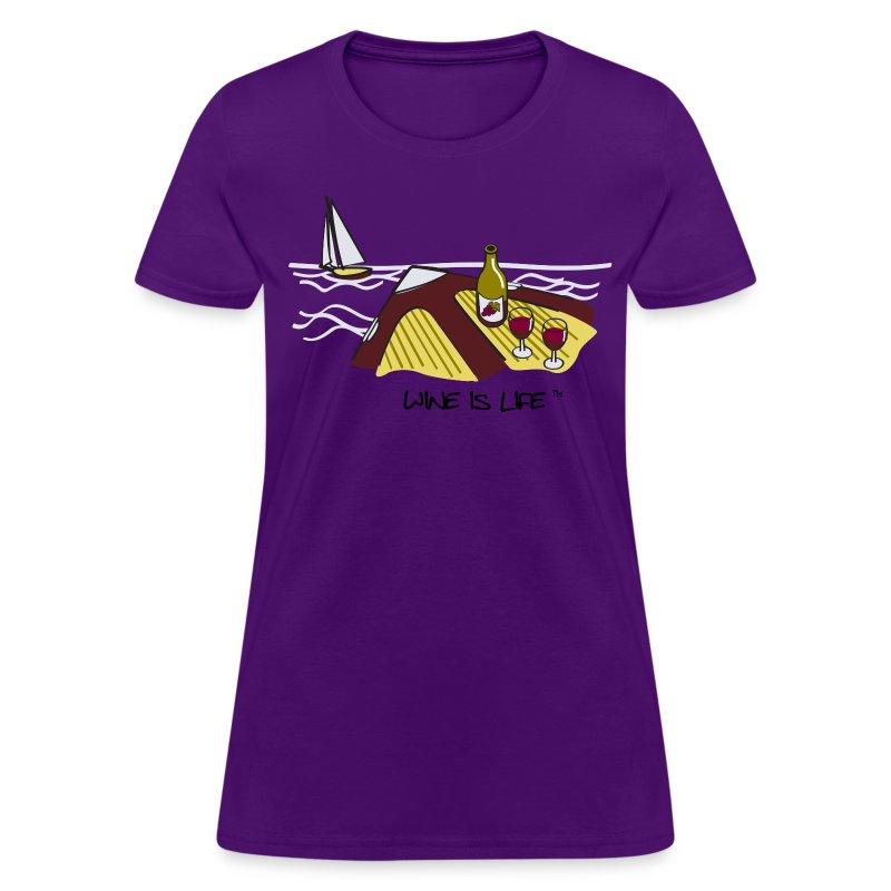 yacht - Women's T-Shirt