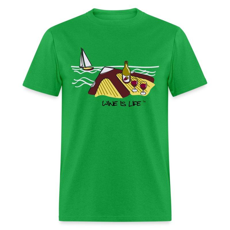 yacht - Men's T-Shirt