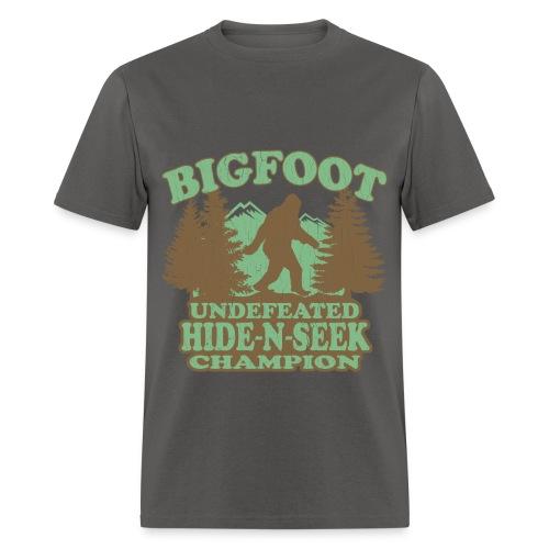 Tom's Tees Bigfoot - Men's T-Shirt
