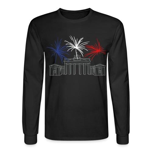 Berlin fireworks New Year's Eve at the Brandenburg Gate. - Men's Long Sleeve T-Shirt