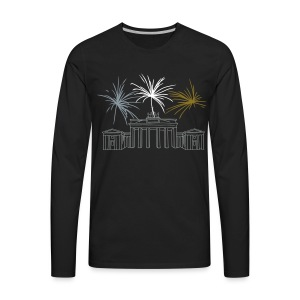 Berlin fireworks New Year's Eve at the Brandenburg Gate. - Men's Premium Long Sleeve T-Shirt