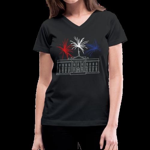 Fireworks at White House New Year's Eve in Washington - Women's V-Neck T-Shirt